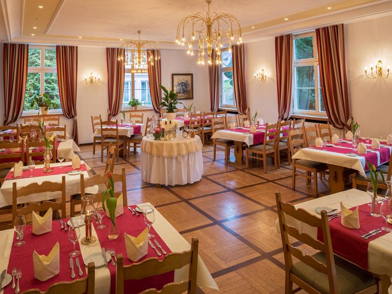 Hotel Schloss Döttingen GmbH***S