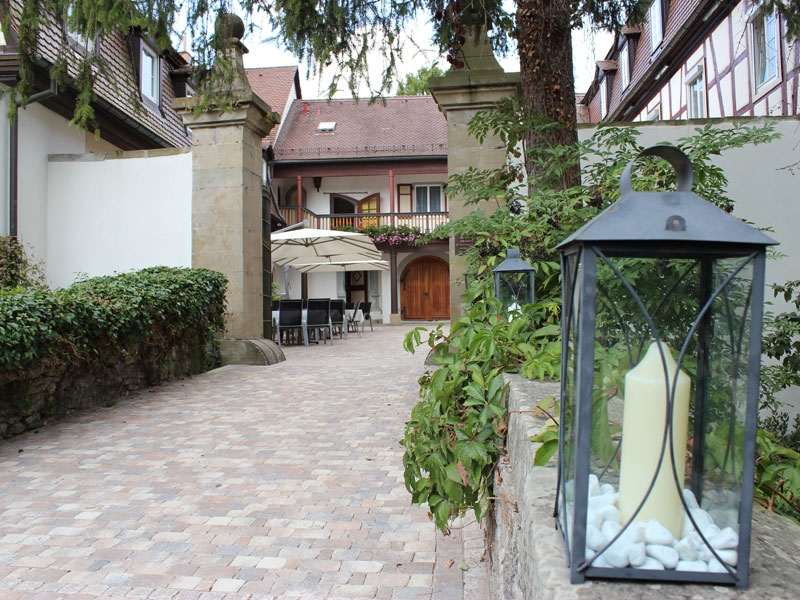 Hotel Restaurant Schloss Döttingen GmbH***S
