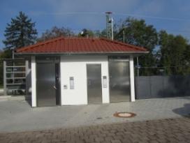 Bad-Wimpfen-Bahnhof-Fahrradboxen-WC.JPG