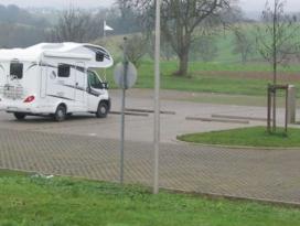 Bad-Wimpfen-Wohnmobilstellplatz-SRH-Gesundheitszentrum.JPG