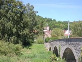 Bild 10 - Jagstbrücke in Olnhausen - Aufnahme 2009.JPG