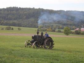 Historische Fahrzeuge im Freilandmuseum Wackershofen