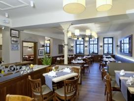 Stadt-Gut Hotel Goldener Adler