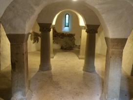 Grabungsmuseum und Krypta